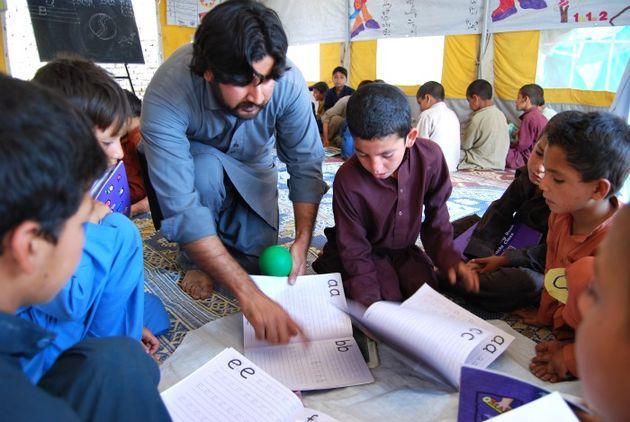 57a1eeef2449f_Pakistanschool630